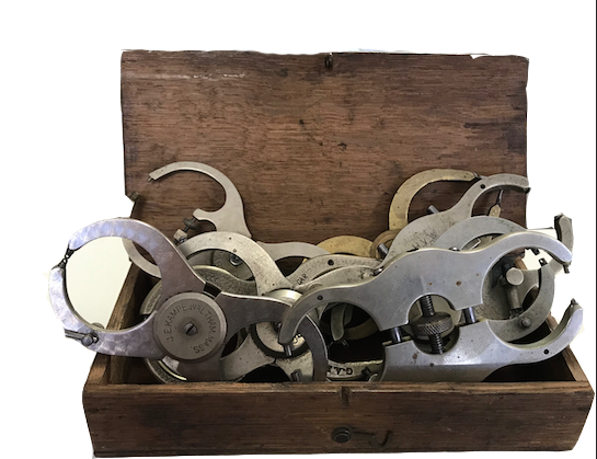 Vintage Parallel Calipers