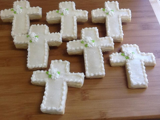 Cross sugar cookies