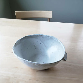 Karra Wise - Bowl with handles