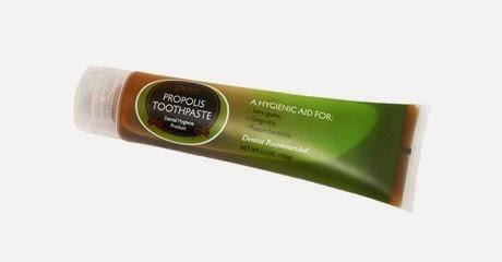 HOLOCUREN'S MIRACLE PROPOLIS TOOTHPASTE - FINALLY A TOOTHPASTE THAT HEALS