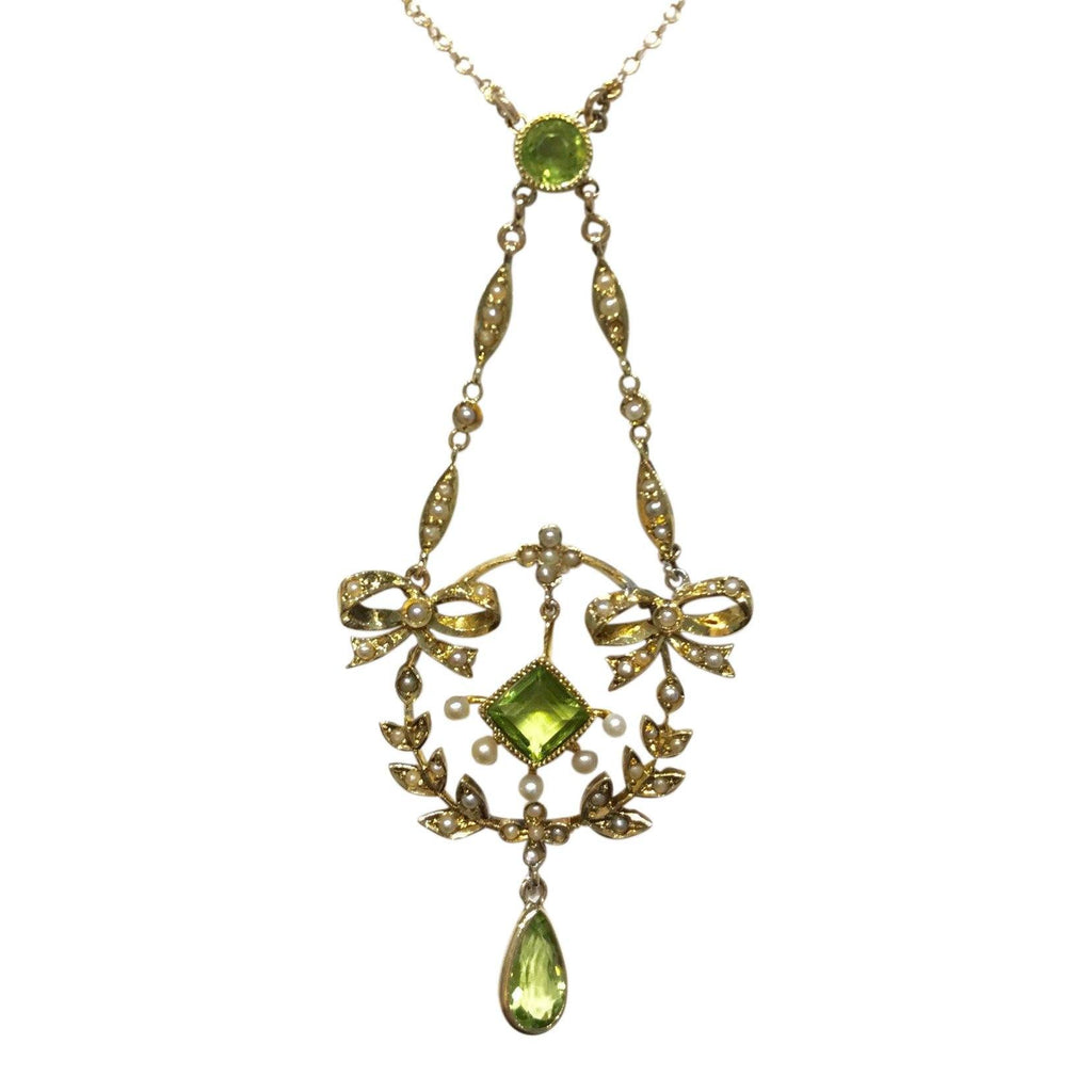 14 Karat Yellow Gold Peridot And Seed Pearl Chain Necklace - Necklaces