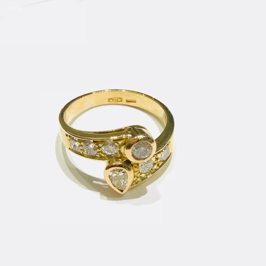 18 Karat Yellow Gold Diamond Ring - Rings