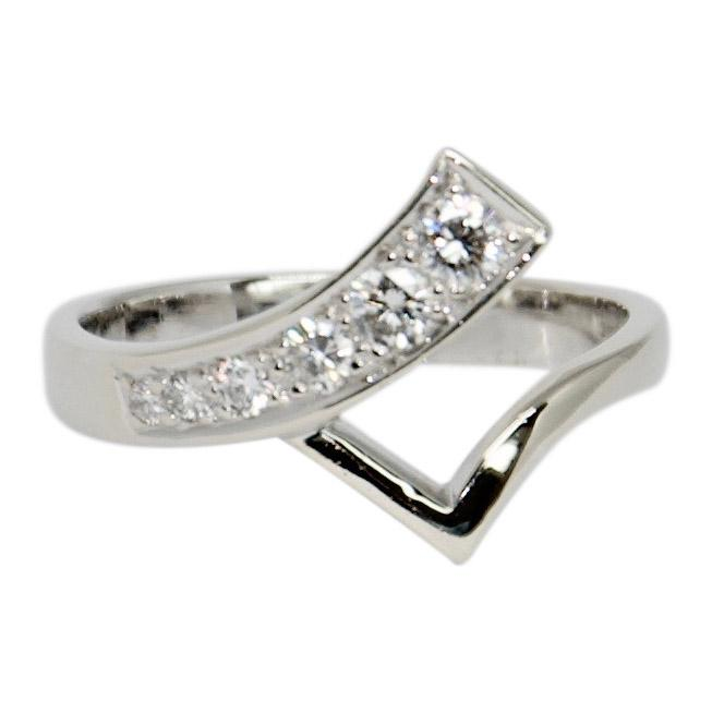Diamond V Shaped Band Ring Rings Miscellaneous