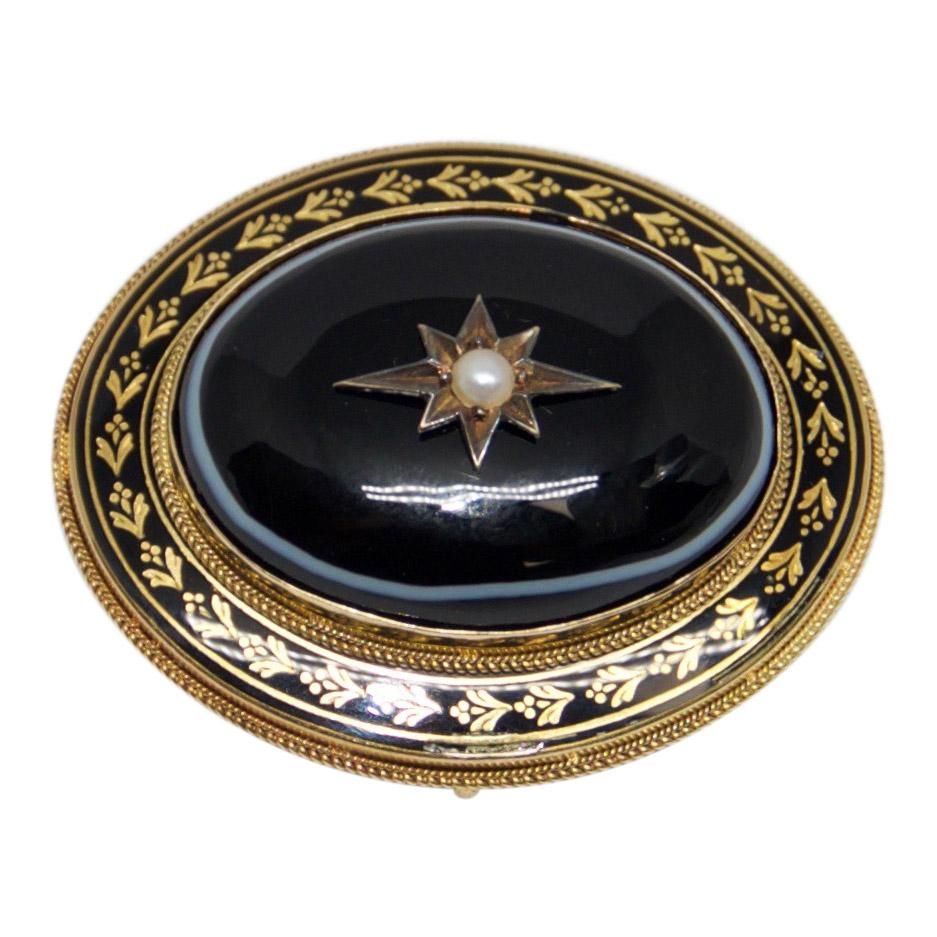 Antique Oval Brooch With Black Enamel And Cabochon Onyx - Brooches & Pins