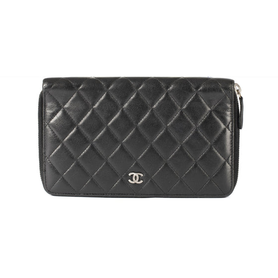 Chanel Quilted CC Organizer Wallet Wallets Chanel