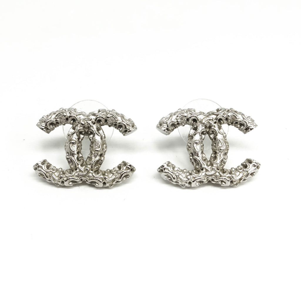 Chanel Textured CC Stud Earrings Earrings Chanel