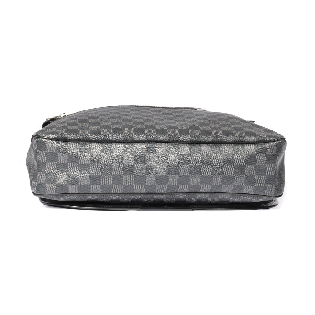 Louis Vuitton Damier Graphite Daniel GM Messenger Bag Bags Louis Vuitton