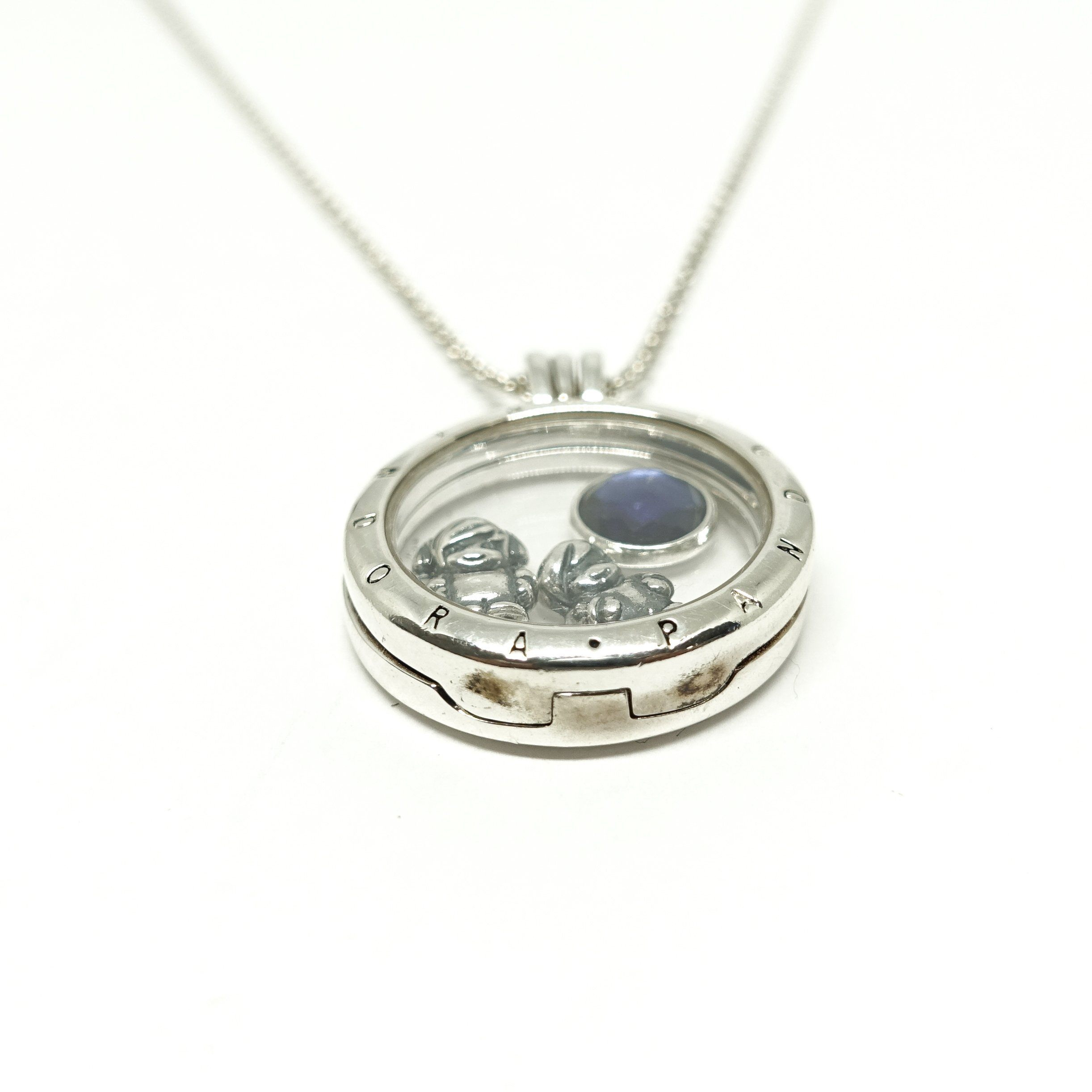 jewellery skinner pendant shaped a locket london photo georgian heart bentley regard