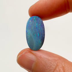 8.86 Ct cool tone oval boulder opal