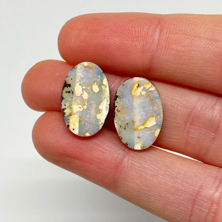 9.92 Ct oval boulder opal pair