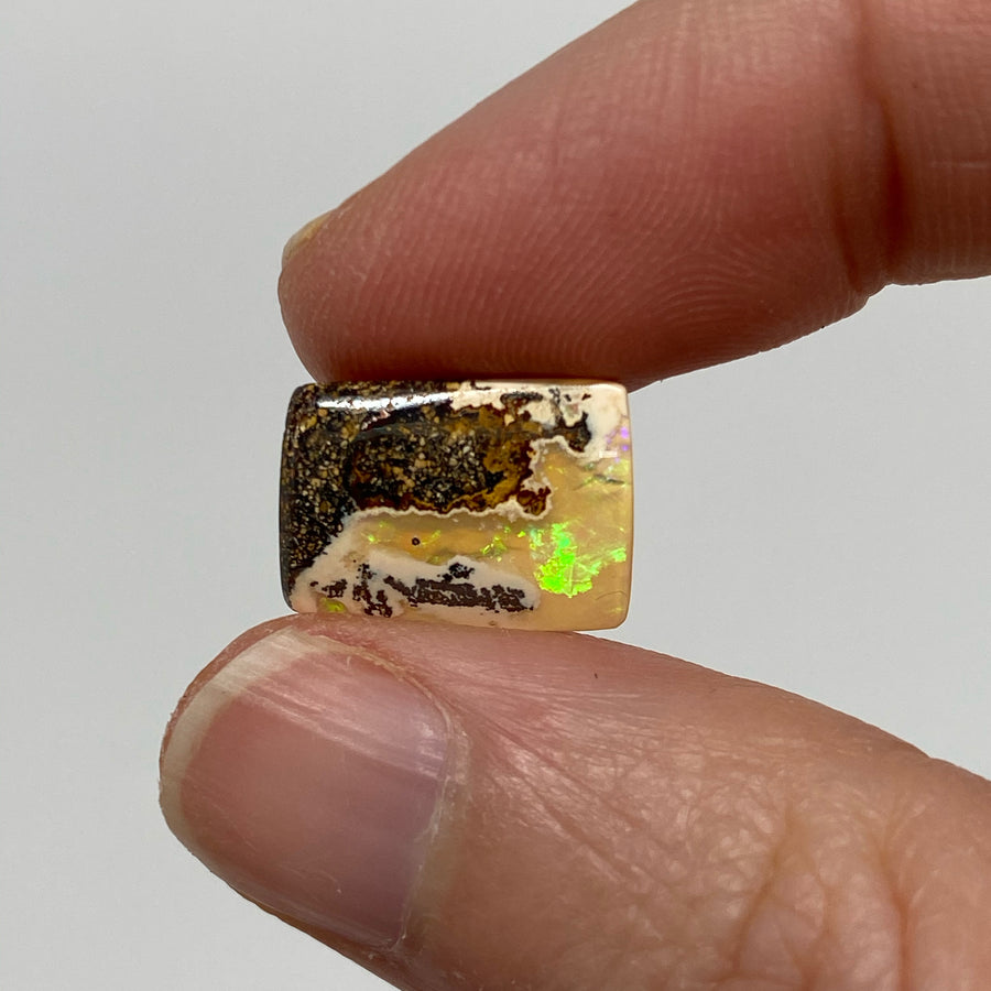 5.30 Ct small boulder opal