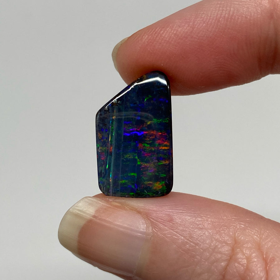 9.06 Ct small boulder opal