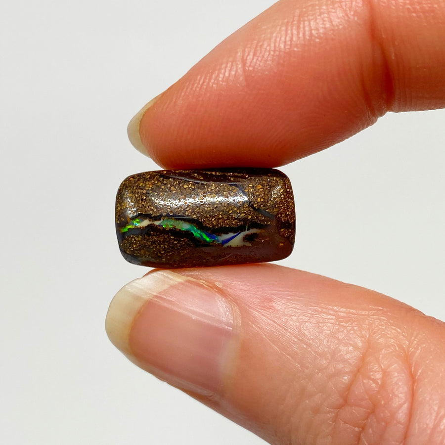 8.74 Ct small matrix boulder opal