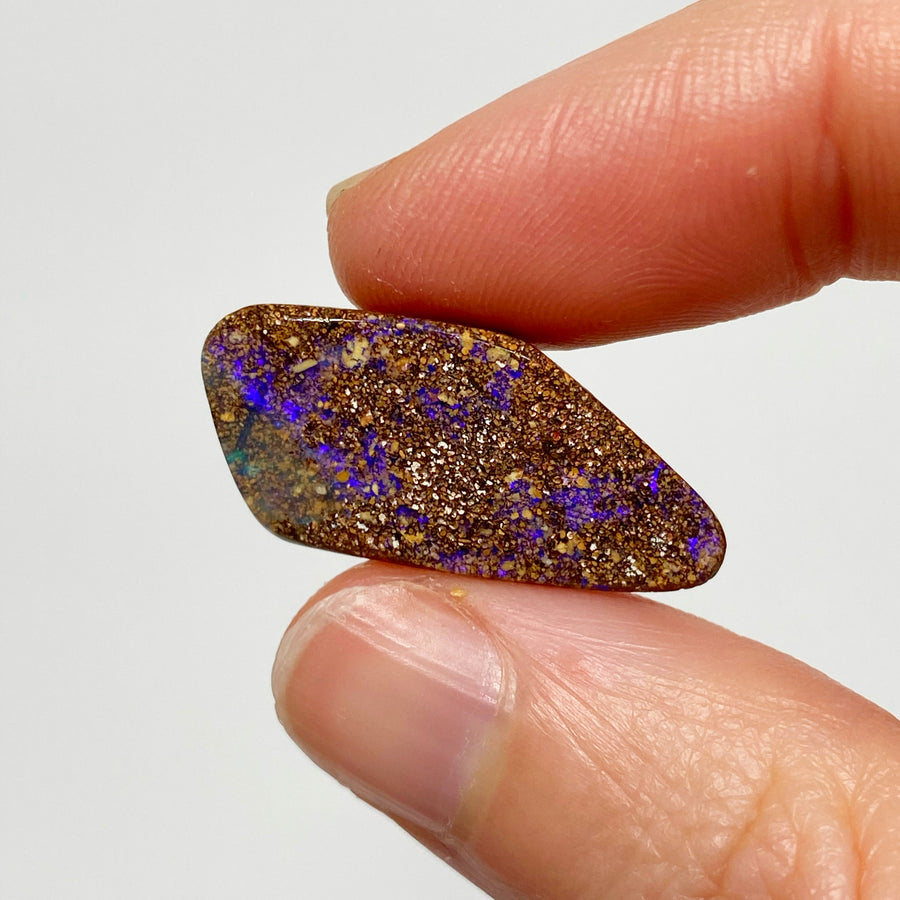 11.34 Ct purple matrix boulder opal