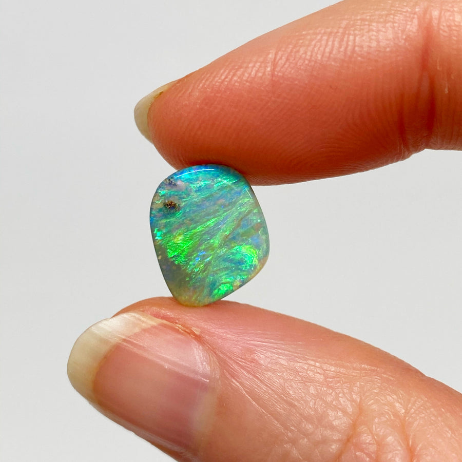 2.13 Ct electric green boulder opal