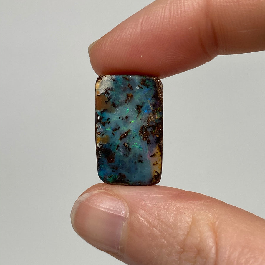 13.53 Ct rectangle boulder opal