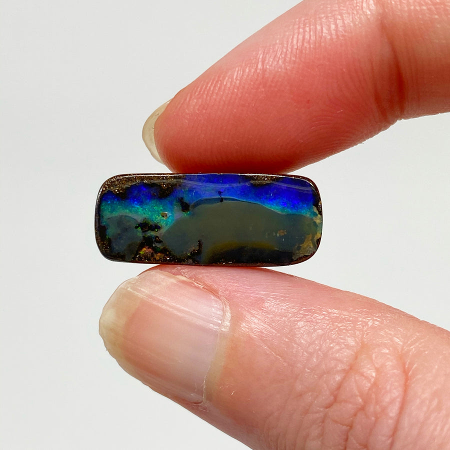 8.74 Ct small boulder opal