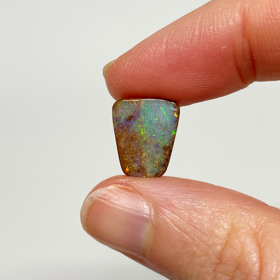 4.53 Ct small boulder opal