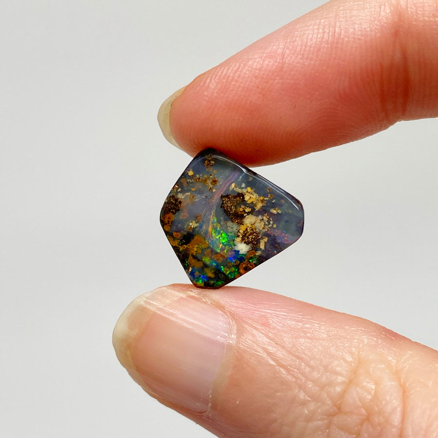 5.10 Ct small boulder opal