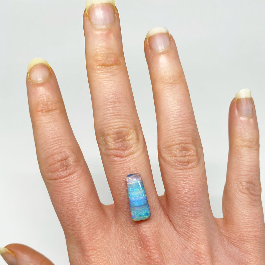 3.83 Ct striped boulder opal