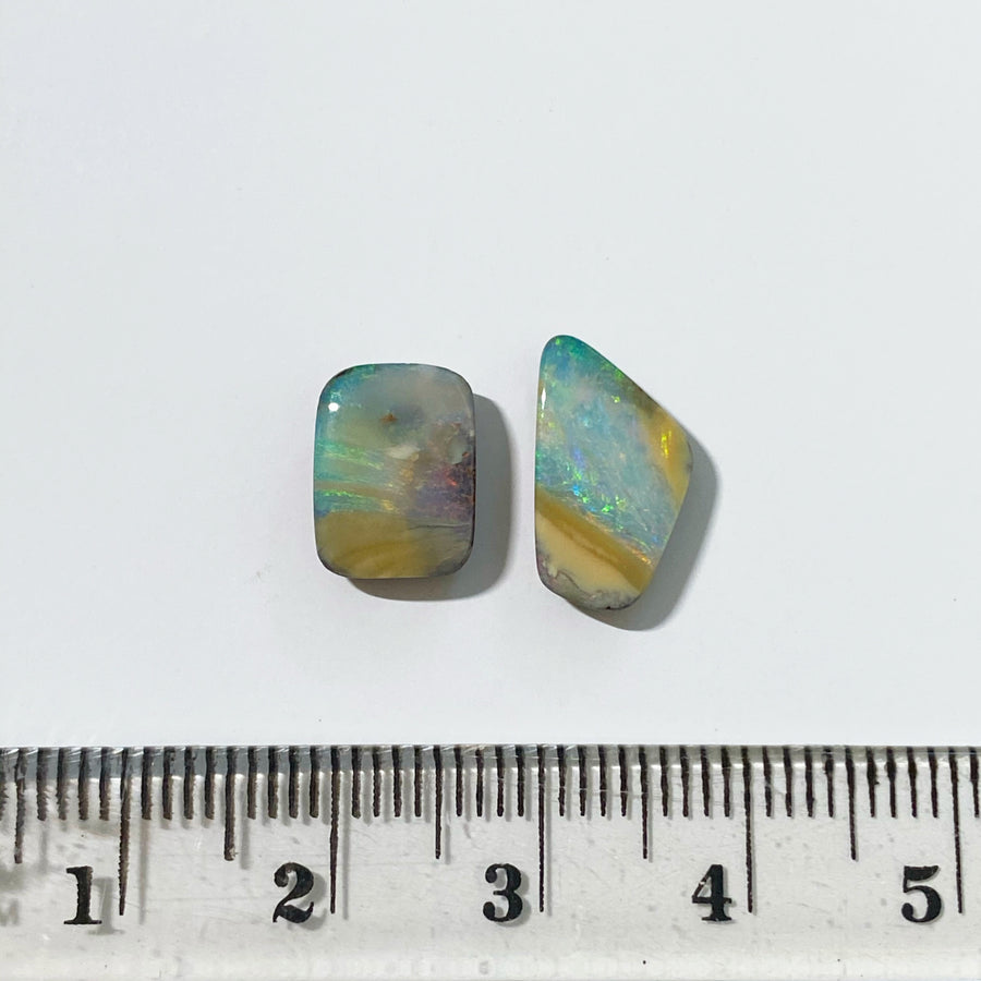4.70 Ct set of 2 boulder opals
