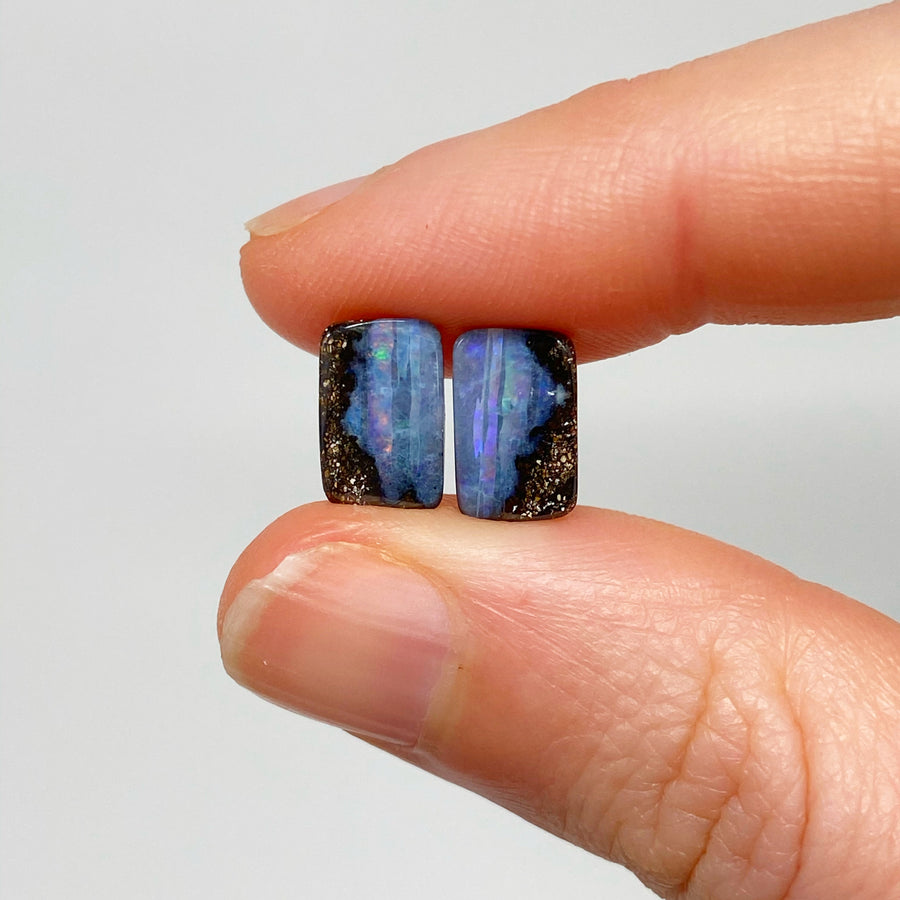 3.19 Ct small boulder opal pair