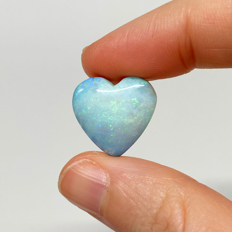 10.86 Ct heart-shaped boulder opal