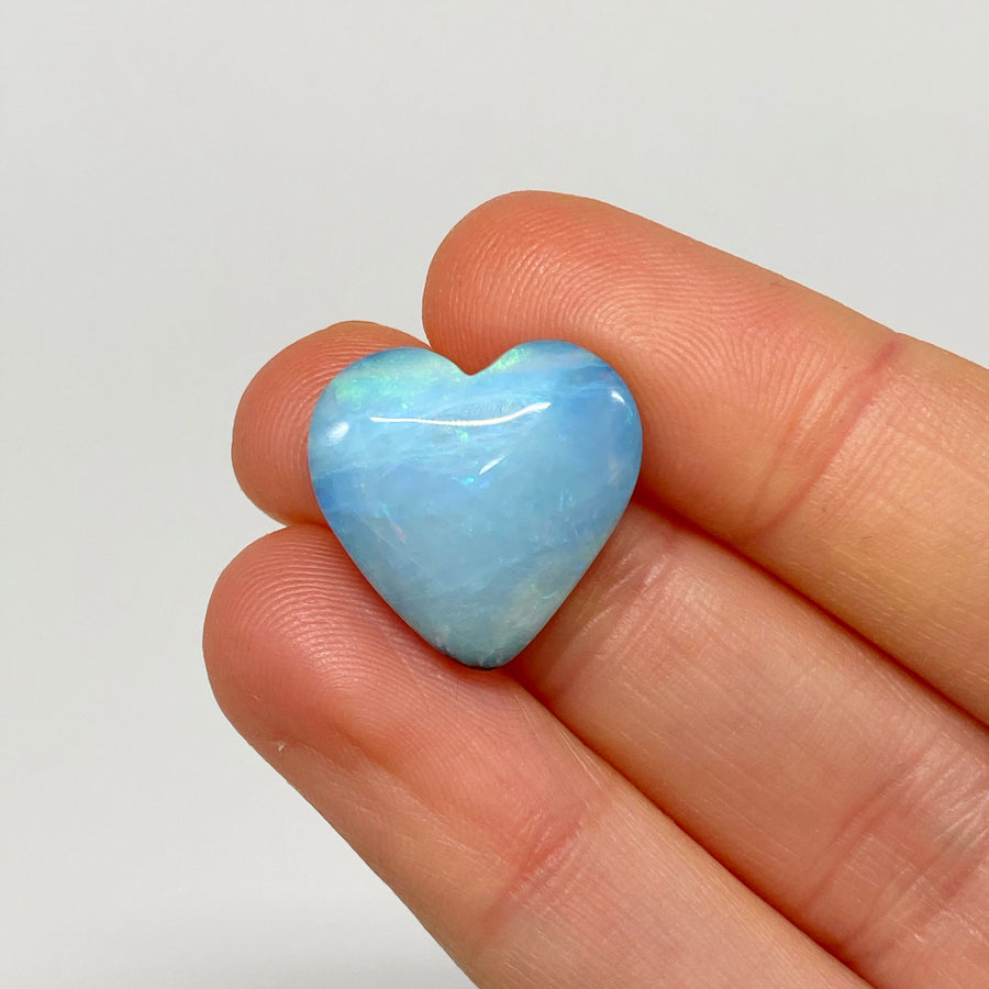 11.32 Ct lovely pastel heart-shaped boulder opal