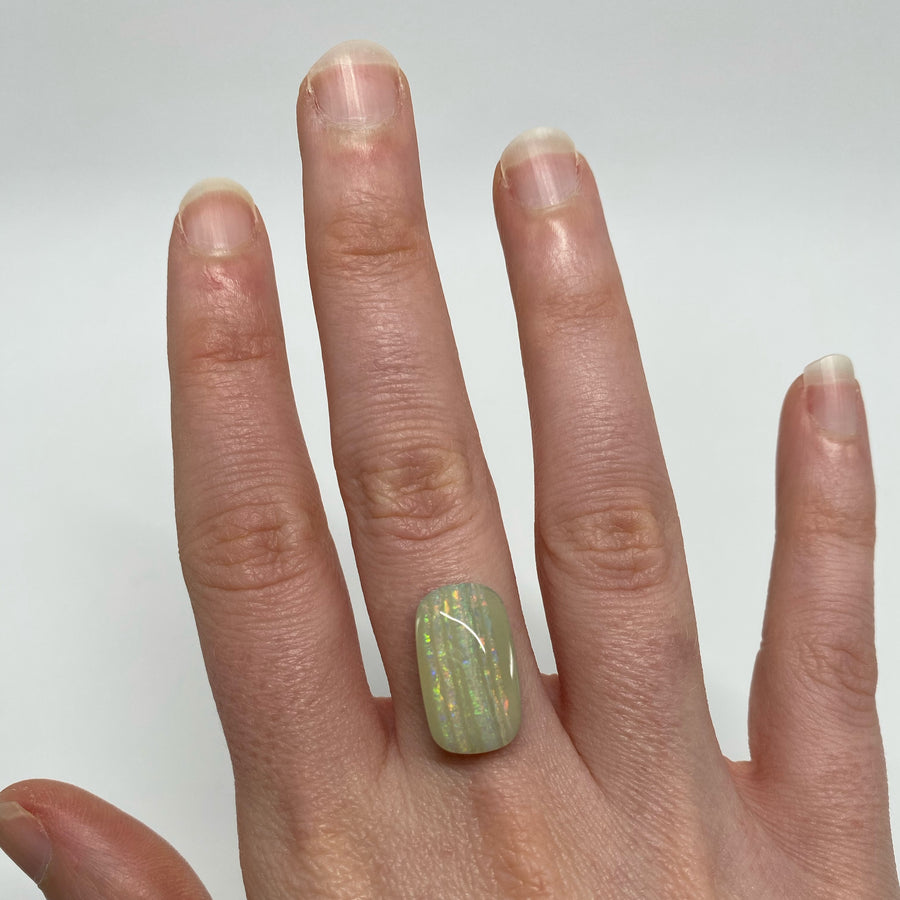 7.28 Ct striped boulder opal