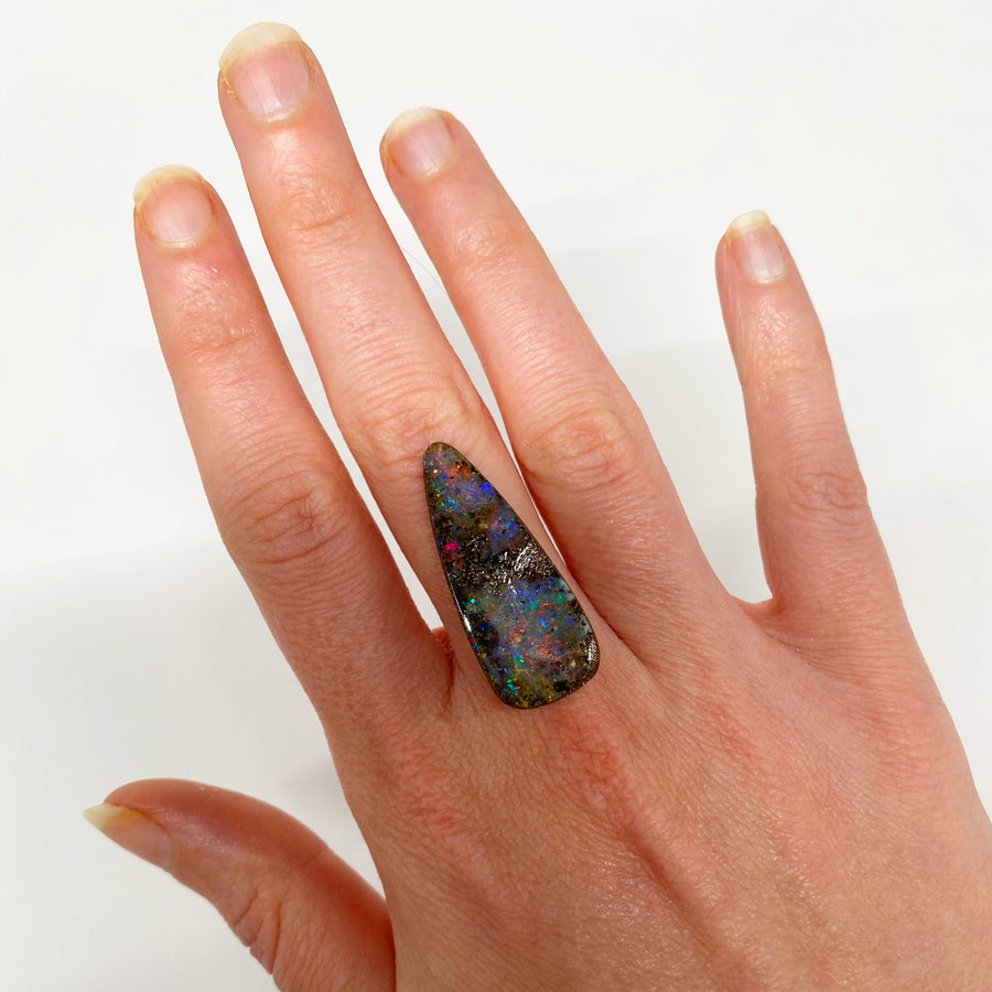 Australian Boulder Opal - 19.74 Ct large colourful teardrop boulder opal - Broken River Mining