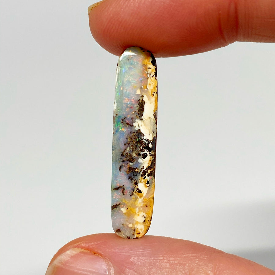 7.42 Ct narrow boulder opal