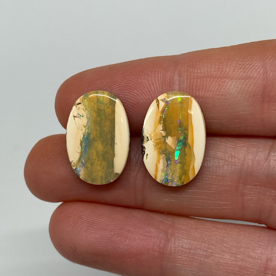 10.65 Ct oval boulder opal pair