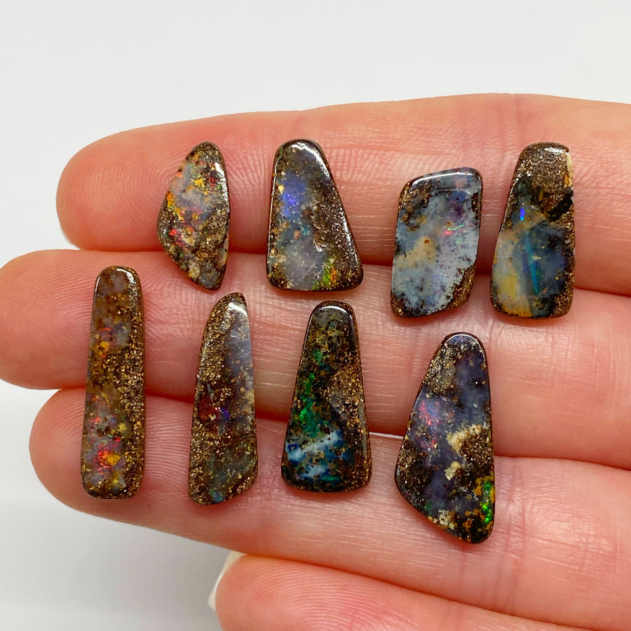 22.55 Ct set of eight small boulder opals