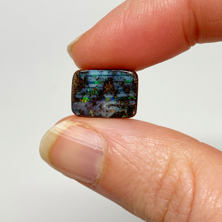 4.38 Ct small boulder opal