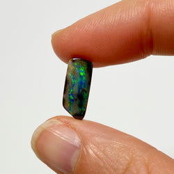 2.98 Ct small green boulder opal