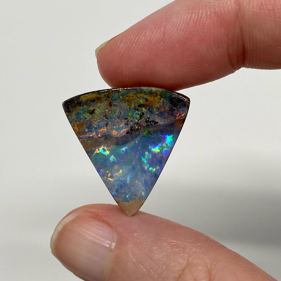 16.97 Ct triangle boulder opal