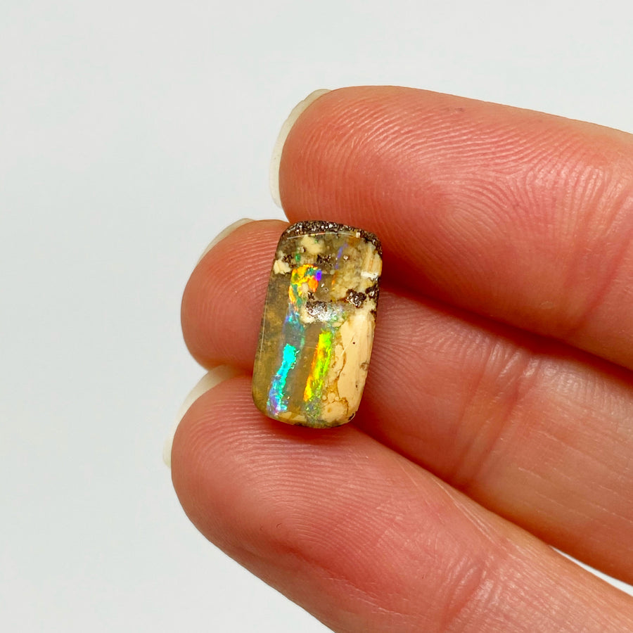 2.82 Ct small boulder opal