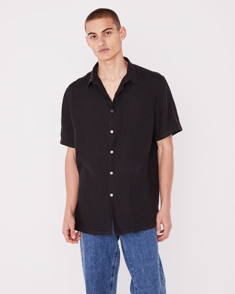 CASUAL SHORT SLEEVE SHIRT