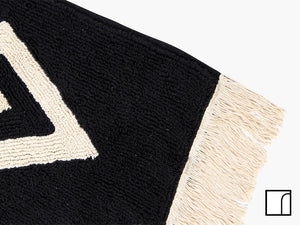 Black and White Diamond Rug Fringe