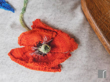 Knitted-Flowers-Bedding-Poppy