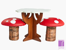 Treetoptable and toadstools