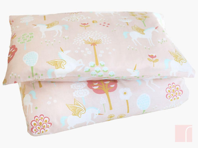 True-Unicorn-Pink-Toddler-Bedding-Majvillan