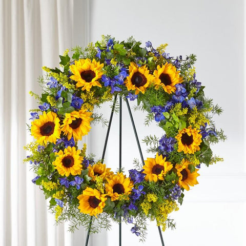 The Bright Rays Wreath