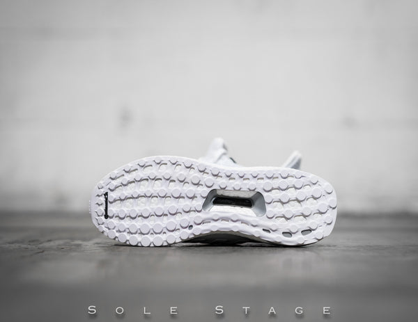 Adidas UltraBoost 'Triple White' 2.0