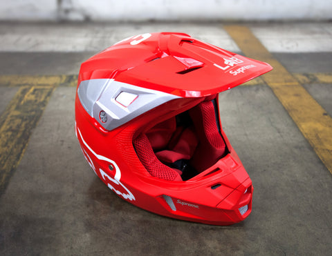 Supreme Fox Racing V2 Helmet Red Size L