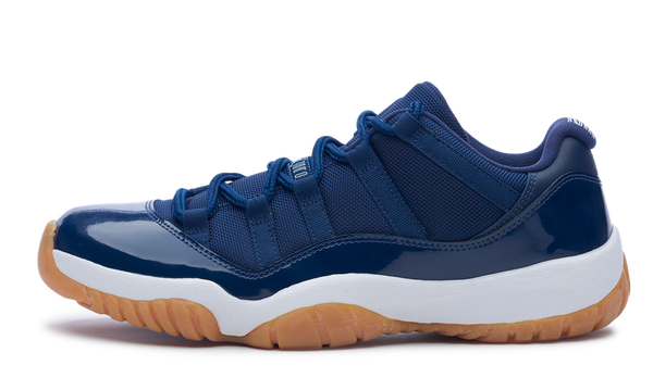 Air Jordan 11 Retro Low Gum bottom