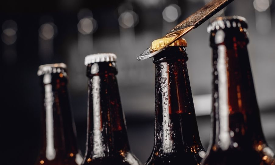 Bottle Share Etiquette: Dos and Don'ts You Gotta Know