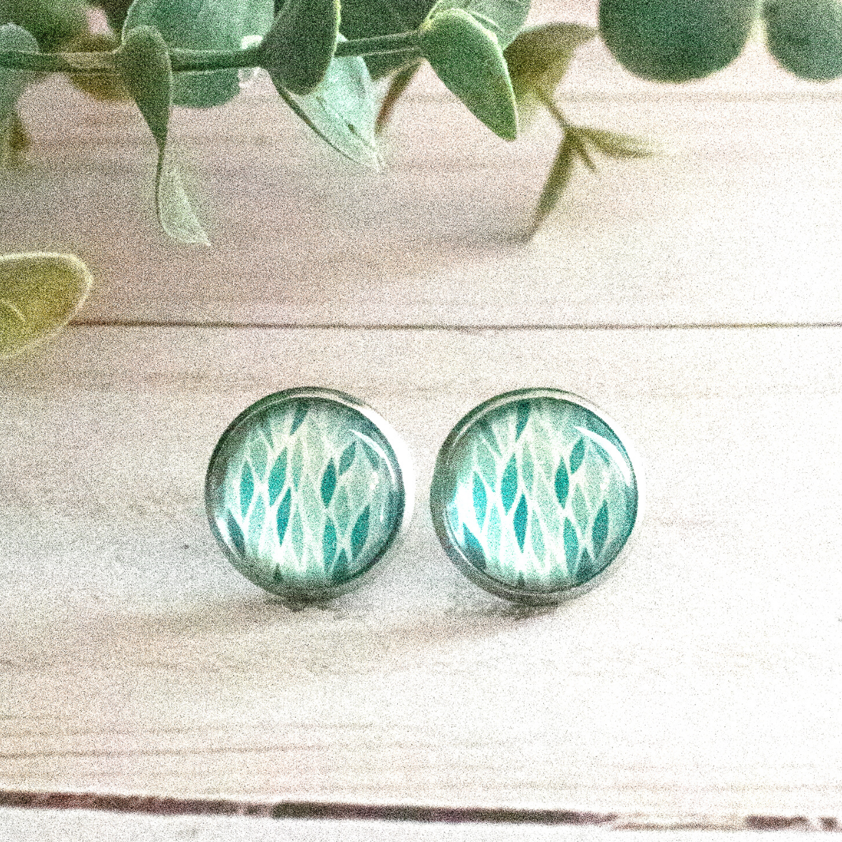 AQUA LEAVES EARRINGS