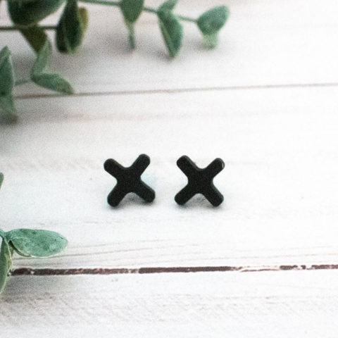 BLACK X WOOD STUD EARRINGS