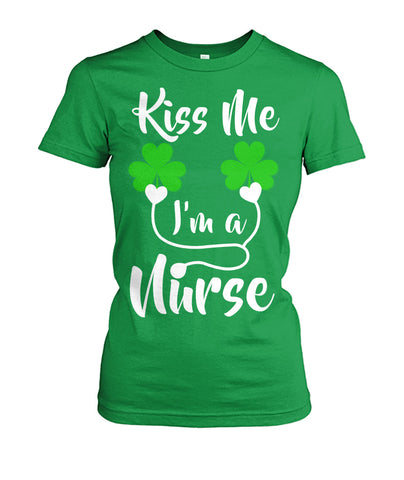 Kiss Me I Am A Nurse St Patricks Day Women's Crew Tee